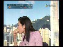 Ada Kung eat biscuit