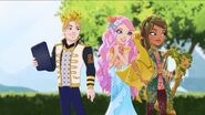Daring-Charming-Meeshell-Mermaid-and-Jillian-Beanstalk-ever-after-high-39702203-500-282