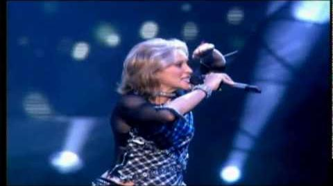 Madonna - Impressive Instant (Live Drowned World Tour)