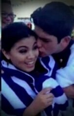 Rahart kissing paola