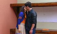 Emma and Jax reconcile