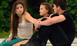 Emma comforting Jax