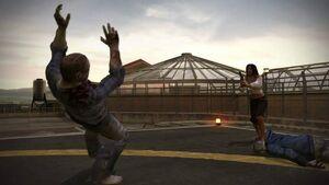 Isabela strzelająca do zombie czym ratuje życie Franka