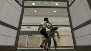 Isabela atakowana przez zombie