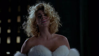 Selina Kyle-Catwoman (played by Michelle Pfeiffer) Batman Returns 115