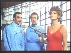 Pandora and speargun (Beba Loncar with Richard Johnson and Ronnie Stevens) Some girls do