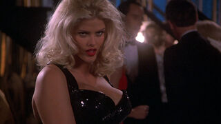 Tanya Peters in Naked Gun 3 (played by Anna Nicole Smith) 328