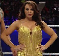 Layla Yellow Gear