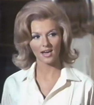 Barbara - seductive evil doer (Nancy Kovack)