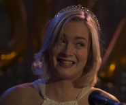 Amy Prom Queen