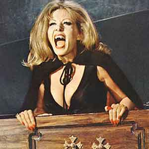 Ingrid-Pitt-in-The-House-That-Dripped-Blood