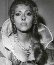 Ingrid-Pitt-in-Countess-Dracula1