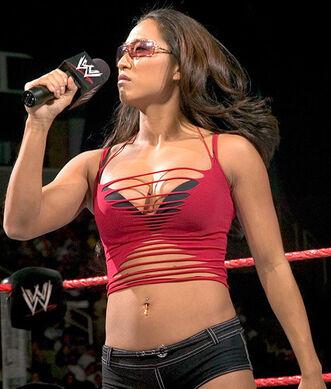 Gail Kim Microphone