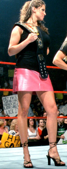 WWEStephanieMcMahon03