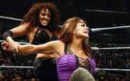 Layla vs Eve