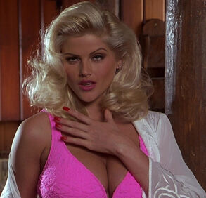 Tanya Peters in Naked Gun 3 (played by Anna Nicole Smith) 00