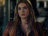 Carly Glantz (Lucifer)