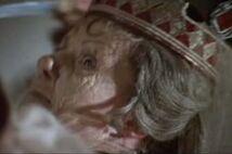 Countess-dracula-1971-the-queen