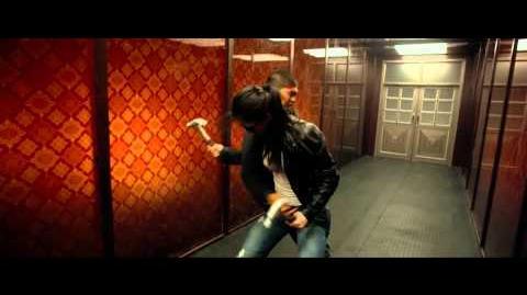 The Raid 2 Rama Vs. Hammer Girl & Baseball Bat Man Fight Scene HD