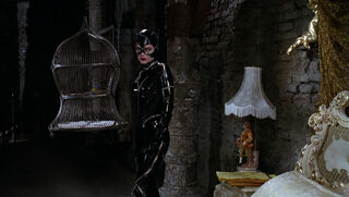 Selina Kyle-Catwoman (played by Michelle Pfeiffer) Batman Returns 85