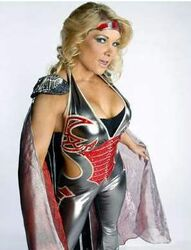 Beth-brings-her-super-human-strength-into-ring