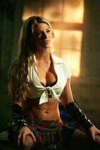 Athena (Smallville) 001