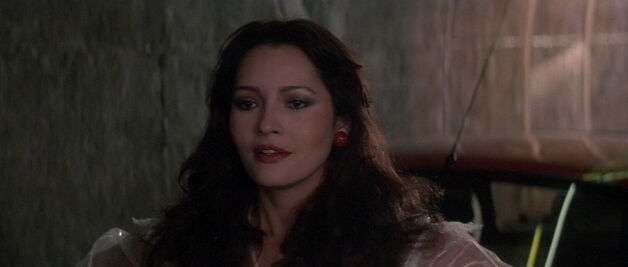 Fatima Blush (played by Barbara Carrera) Never Say Never Again 178-0