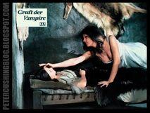 Peter cushing vampire lovers ingrid pitt