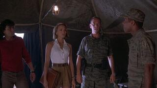 Michelle Rodham Huddleston (played by Brenda Bakke) Hot Shots 2 78