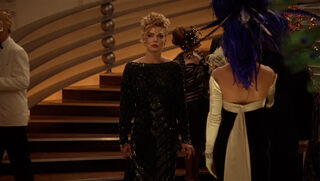 Selina Kyle-Catwoman (played by Michelle Pfeiffer) Batman Returns 138
