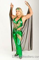 Beth-Phoenix-in-Green-Costume-4-250x380