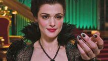Rachel-Weisz-as-Evanora-oz-the-great-and-powerful-31464815-600-338