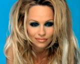 Pamela Anderson (Miserable)