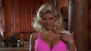Tanya Peters in Naked Gun 3 (played by Anna Nicole Smith) 139