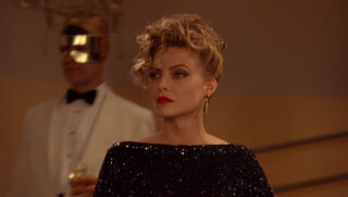 Selina Kyle-Catwoman (played by Michelle Pfeiffer) Batman Returns 137