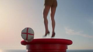 Michelle Rodham Huddleston (played by Brenda Bakke) Hot Shots 2 114