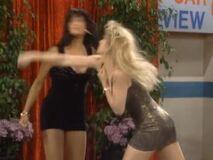 Kelly bounces back 9