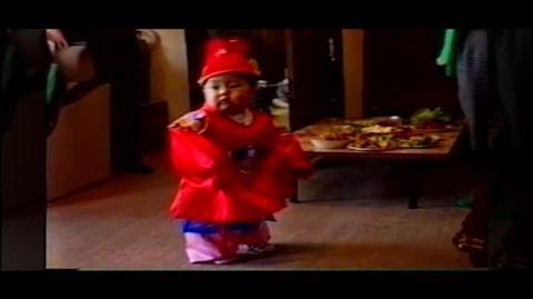 'Hey Mama!' MV EVENT EXO BABY XIUMIN's DANCE PARTY