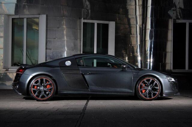 File:2014-Audi-R8-car-1024x682.jpg