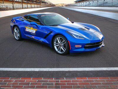 Chevrolet-Corvette Stingray Indy 500 Pace Car 2014 800x600 wallpaper 01
