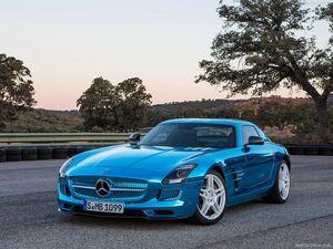 Mercedes-Benz-SLS AMG Coupe Electric Drive 2014 800x600 wallpaper 02