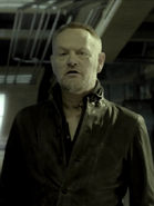 S01E03-JaredHarris as AndersonDawes 00