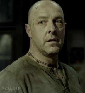 S01E03-BrianJGraham as AngryDockworker 03c