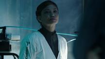 S02E10-SaraSahr as Nurse 00