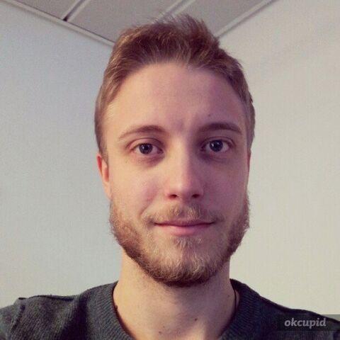 File:Tobiasvl with beard.jpeg