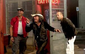 Randy-Couture-Mickey-Rourke-and-Jason-Statham-in-The-Expendables-the-expendables-14530067-720-454