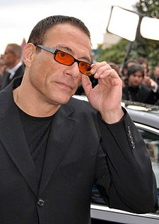 File-Van Damme Cannes 2010