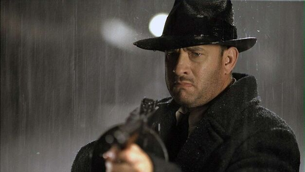 road-to-perdition Tom Hanks wielding a Tommy gun