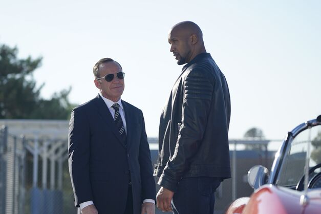 "Agents of S.H.I.E.L.D., ""Let Me Stand Next to Your Fire"": Phil Coulson and Alphonso ""Mack"" Mackenzie"