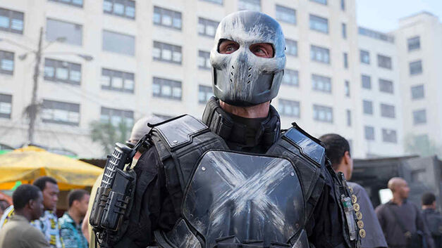 Captain-America-Civil-War_Hero_Crossbones